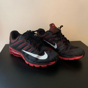 USED Men's Nike Accelerate 4 Red and Black size 10